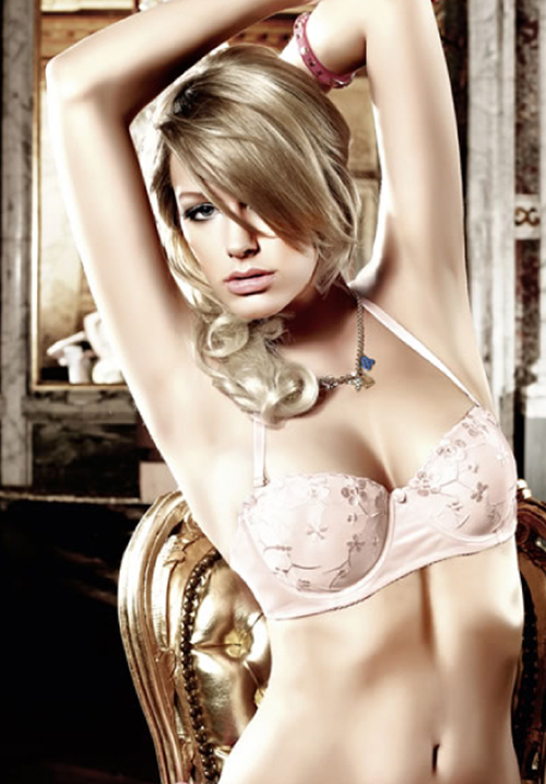 Four-Way Embroidered Strapless Convertible Bra – Light Pink