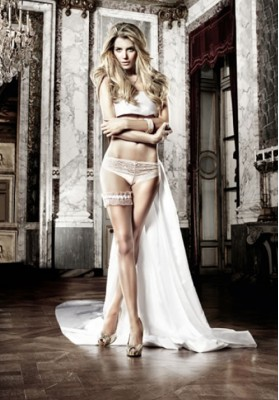 Ruffle Lace Leg Garter – White